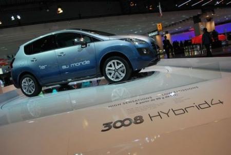 la peugeot 3008 hybrid4